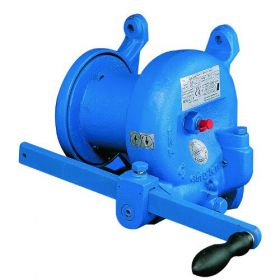 Doughty T41870 - Worm Geared Winch 750kgs