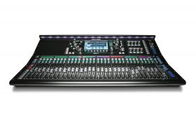 Allen & Heath SQ-7 48ch digital mixer, 96kHz, 32 Mic/Line 14 XLR out, 8FX, 33 faders, touchscreen, SLink & I/O Port