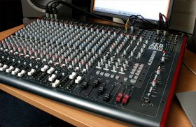 Allen & Heath ZED-R16 Analogue Mixer